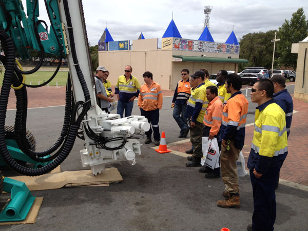 Grote Steel Piling bijgewoond Western Australian Mining Tentoonstelling in Australië