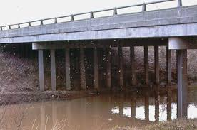 Flow onder een Dam -Dam met een Damwand