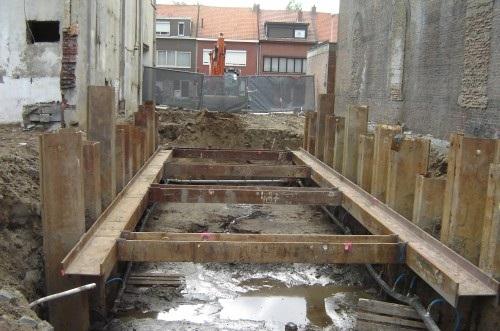 Damwand gebruikt als Permanent Foundation en Retention Systems
