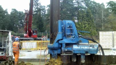 Het verwijderen van de damwanden